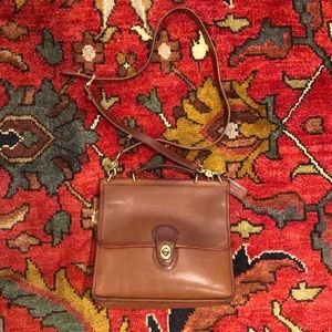 Coach Vintage Willis Satchel Leather Crossbody